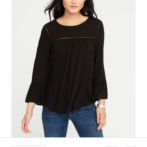 NWT Old Navy Blouse with Ruffle Sleeves Size LG